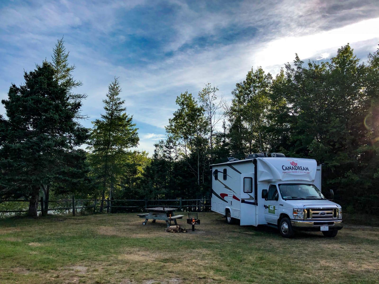 Unser Motorhome auf Site 24 im Salsman Provincial Park