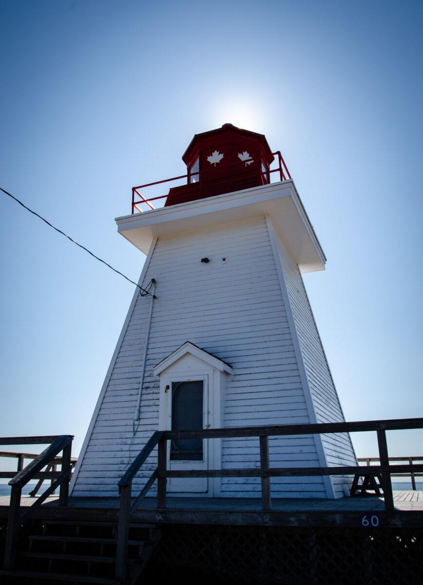 Leuchtturm in Neils Harbour am Rande des Cabot Trail