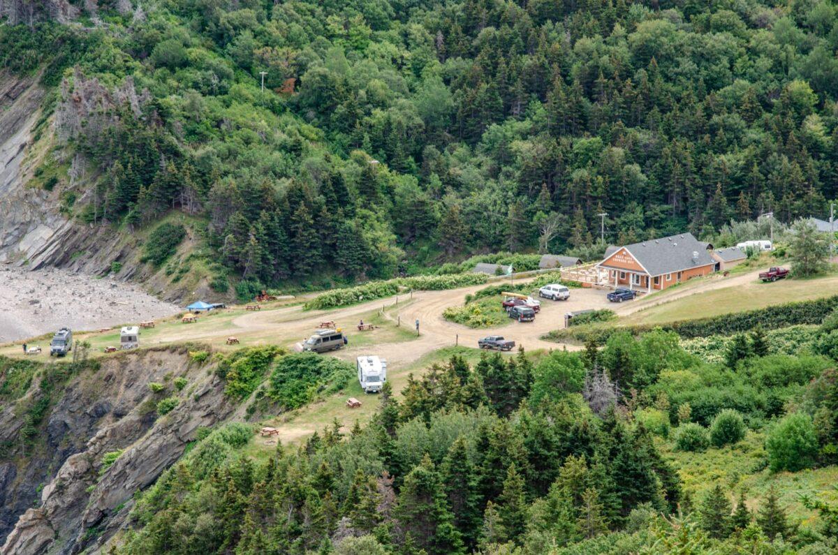 Der Meat Cove Campground von oben